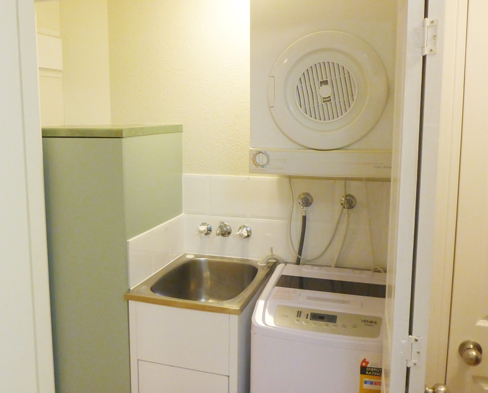 2 Bedroom Apartments With Washer And Dryer - Home Design ...